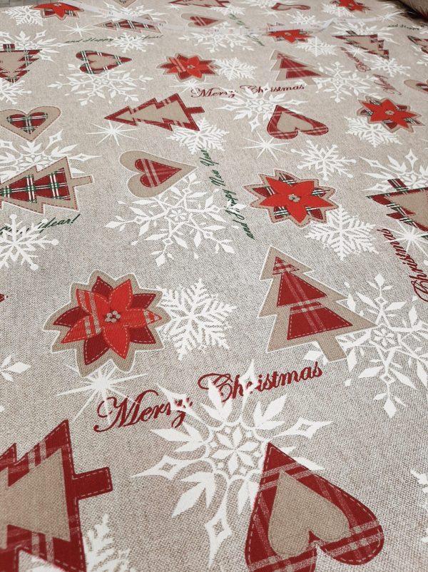 χριστουγεννιάτικο ύφασμα μπέζ τύπυ λινό με δένδρα,καρδιές,αλεξανδρινά λουλούδια μπορντώ καρώ σε 2.80 φάρδος για τραπεζομάντηλο