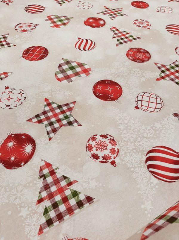 Χριστουγεννιάτικο ύφασμα εκρού με δένδρα, καρδιές, μπάλλες, αλεξανδρινά λουλούδια μπορντώ καρώ σε 2.80 φάρδος για τραπεζομάντηλο ταπετσαρία, ράννερκαι κάθε Χριστουγεννιάτικη διακόσμηση