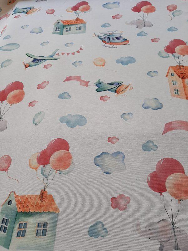 ύφασμα με αεροπλάνα σπίτια μπαλόνια