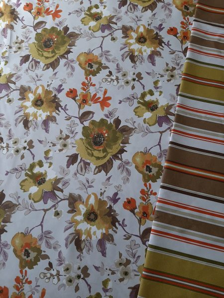 ΚΑΡΑΒΌΠΑΝΑ με λουλούδια λαδί πορτοκαλί καφέ συνδυασμέναμε ριγέ στα ίδια χρώματα