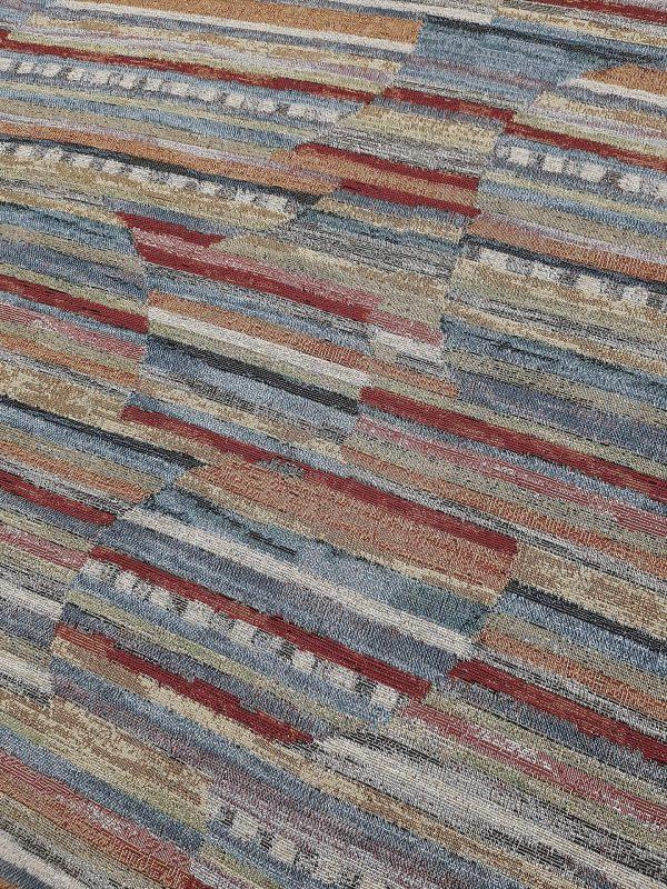 Ύφασμα επίπλωσης σε 2.80 φάρδος τύπου παραδοσιακό υφαντό πολύχρωμο με διακεκομένες ρίγες