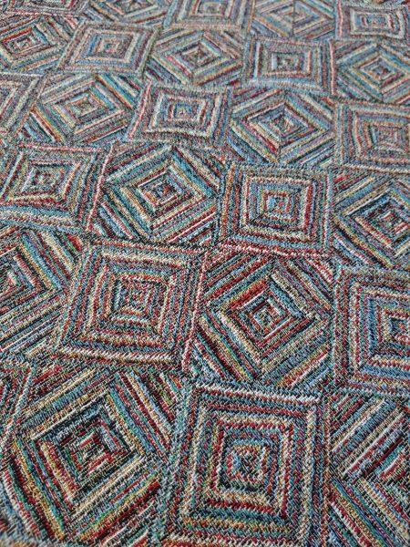 ΎΦΑΣΜΑ επίπλωσης,ριχτάρι πολύχρωμα τετράγωνα ρόμβοι σε 2.80 φάρδος