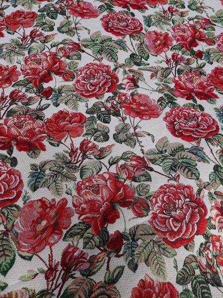 Ύφασμα επίπλωσης και ριχτάρι σε 2.80 φάρδος. Κόκκινα λουλούδια σε εκρού φόντο. Κατάλληλο για ντύσιμο καναπέ, μαξιλάρια, κουρτίνα και κάθε χρήση διακόσμησης.