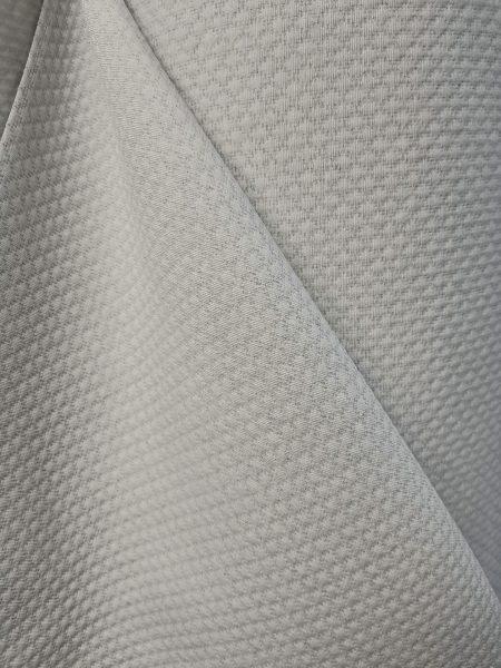 ύφασμα πικέ γκρί ανοικτό με απαλό σχέδιο ρόμβο ζακάρ για ριχτάρι κουβέρτα σε 2.80 φάρδος