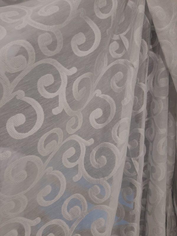 ΚΟΥΡΤΊΝΑ με το μέτρο άσπρη με σχέδιο ΜΠΑΡΌΚ ημιδιάφανη σε 3 μέτρα ύψος