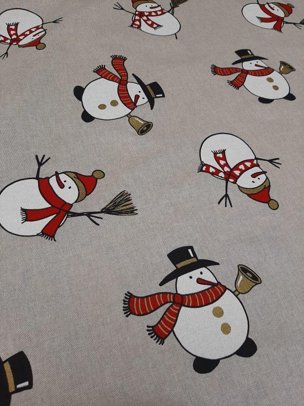 χριστουγεννιάτικο ύφασμα τύπου λινό χιονάνθρωποι σε μπέζ φόντο και 2.80 φάρδος